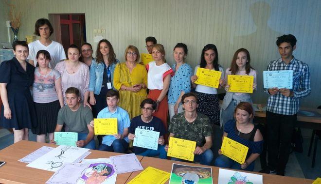 """Foto: Au fost desemnați câștigătorii concursului """"Creo Creare"""""""