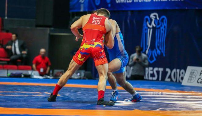 Foto: Au început Campionatele Mondiale de lupte U23, la Bucureşti