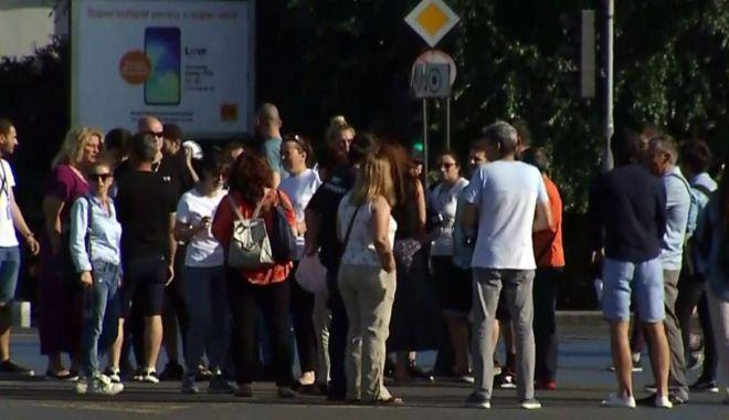 Au început concedierile! Puterea împinge statul român pe panta falimentului bugetar - auinceputconcedierileactorii3-1562016470.jpg