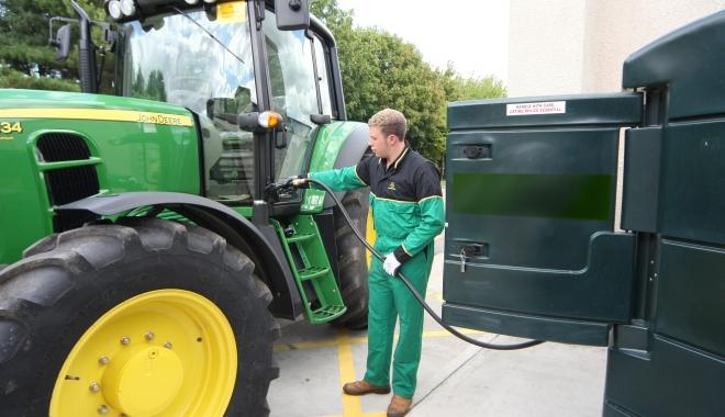 Foto: Au început plăţile pentru motorina din agricultură