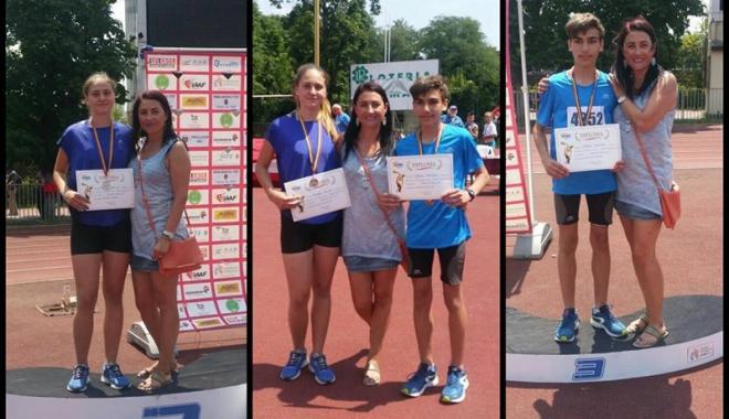 Foto: Aur la triatlon pentru atleţii constănţeni