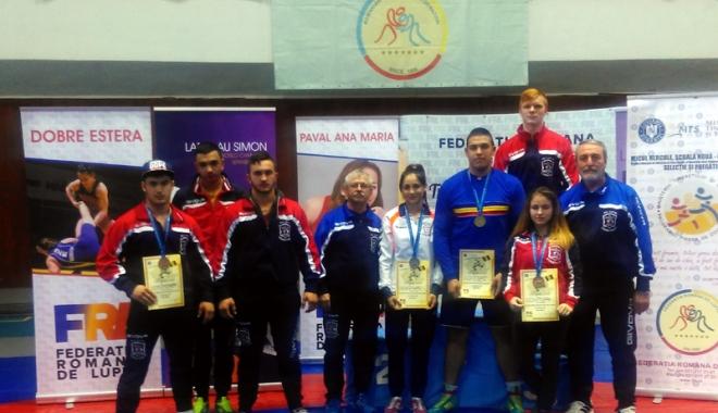 Foto: Aur, argint şi bronz pentru luptătorii constănţeni, la Campionatele Naţionale