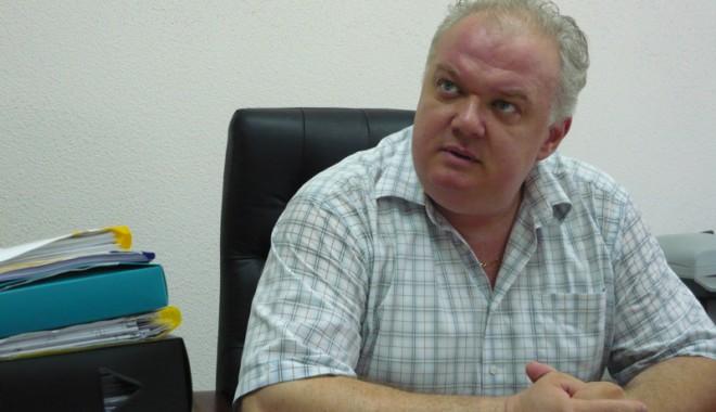Foto: Cine şi de ce l-a demis pe doctorul Aurelian Ivaşcu