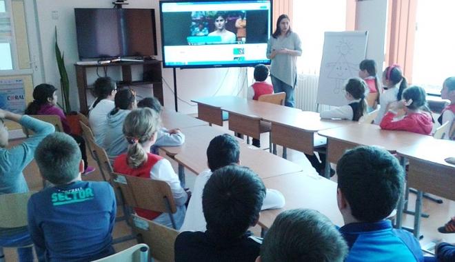 Foto: Elevii din Medgidia au sărbătorit sportul şi activitatea sportivă