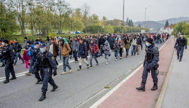 Foto: Austria extinde controalele la frontierele cu Ungaria şi Slovenia