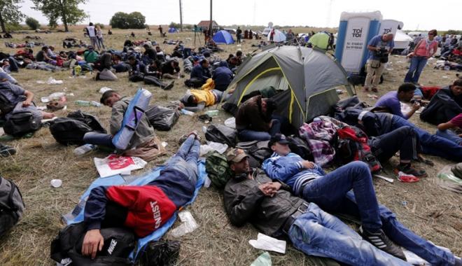 Foto: Austria și Slovacia caută soluții alternative la cotele de refugiați