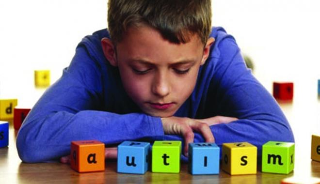 Foto: Campanie de informare pentru depistarea precoce a autismului