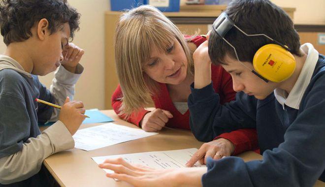 Foto: Atenţie la copiii diagnosticaţi cu autism!