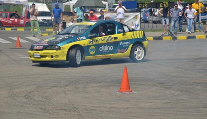 Foto: Turaţi motoarele! Începe spectacolul cu drift-uri la Constanţa