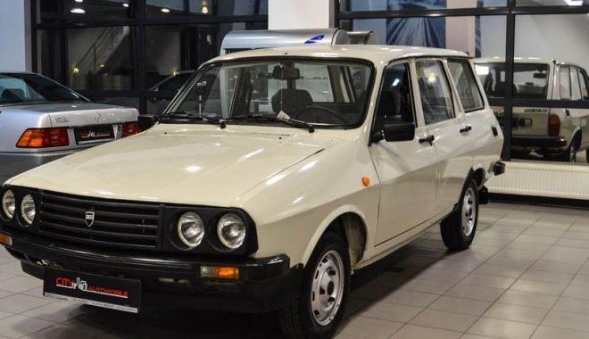"""Foto: Distracţie de 5.000 de euro! """"O Dacie din 1991 poate intra în categoria maşinilor de epocă?"""""""
