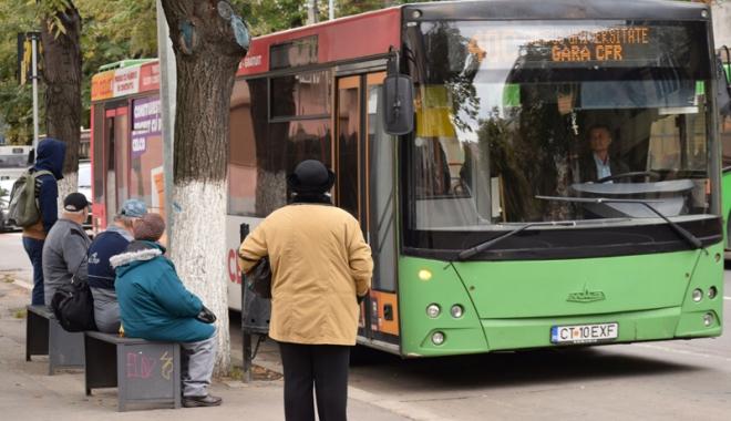 Foto: Autobuzele RATC reintră pe traseul 5B
