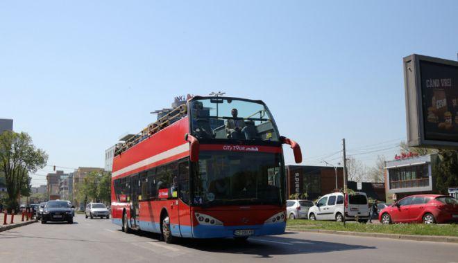 Foto: Autobuzele etajate, scoase pe trasee în minivacanţa de 1 Mai.  Va fi lansat un circuit turistic nou