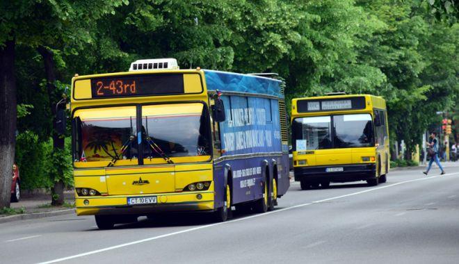 Foto: Autobuzele RATC circulă în program de week-end, în minivacanţa de 1 iunie