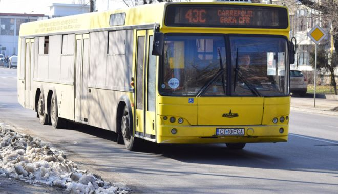 Foto: Autobuzele RATC  circulă în program  de week-end,  în minivacanţa  de Crăciun
