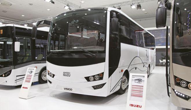 Foto: 104 autobuze noi, marca Isuzu, pe străzile Constanţei