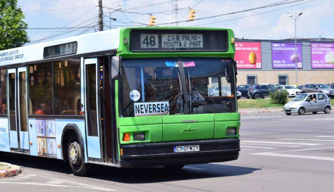 Foto: Autobuzele RATC  circulă non-stop, începând de astăzi