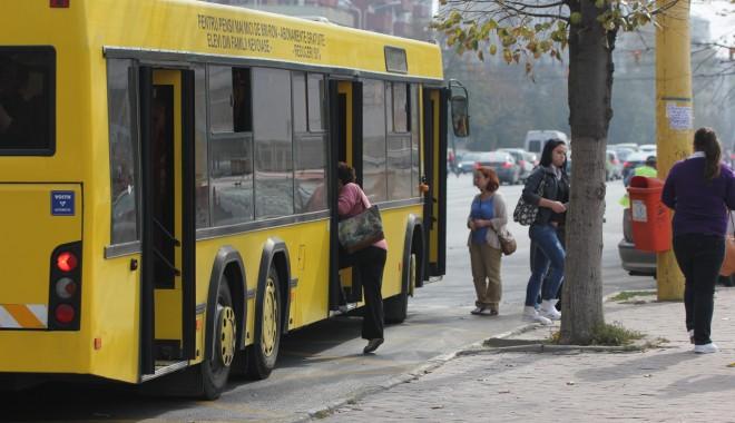 Foto: Controale în autobuzele RATC din Constanţa