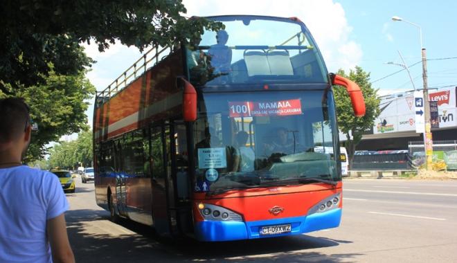 Foto: Cum circul� autobuzele etajate de pe traseele estivale Mamaia