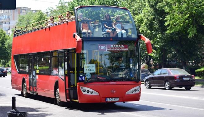 Foto: Se suspendă circulaţia autobuzelor supraetajate!