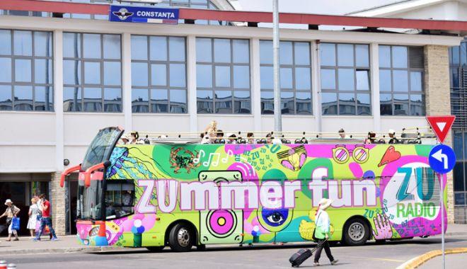 Foto: Autobuzele CiTY Tour  şi 100 Mamaia pleacă  din faţa Gării Constanţa