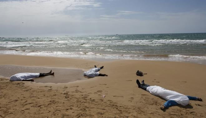 Foto: Semnal de alarmă după ce trei persoane au murit înecate la Constanța