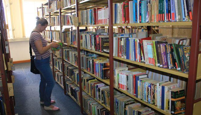 Autorul lui Don Quijote de La Mancha poate fi lecturat la Biblioteca Judeţeană - autorulluidonquijote1-1601404180.jpg