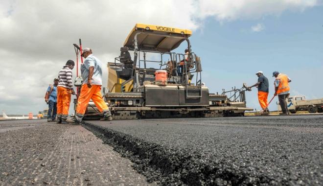 Foto: Autostrada Soarelui şi drumurile naţionale din judeţul Constanţa intră în reparaţii