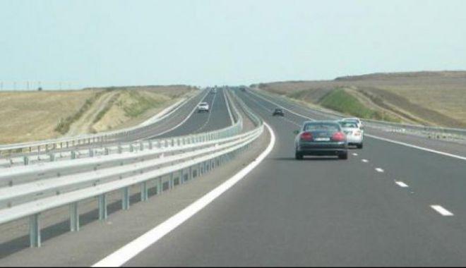 Foto: Atenţie, şoferi! Se fac lucrări pe Autostrada Soarelui