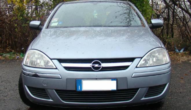 Foto: Autoturism Opel cu acte false, descoperit la Negru Vodă