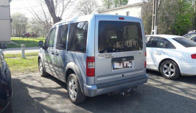 Autoturism furat din Belgia, descoperit de poliţişti  la Constanţa - autoturism1-1524498389.jpg