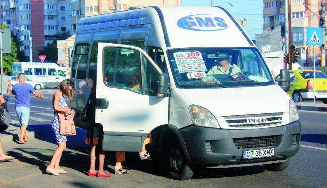 Foto: Autovehiculele din transportul intern de persoane vor trebui dotate cu noile case de marcat fiscale