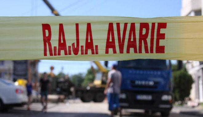 Foto: AVARIE RAJA. O parte din localitatea Valu lui Traian a rămas fără apă rece