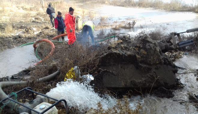 Foto: AVARIE RAJA. Fără apă rece în localităţile Ovidiu şi Năvodari, până mâine după-amiază