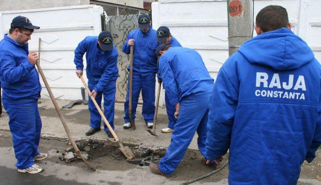Foto: AVARIE RAJA. O parte din localitatea Cernavodă a rămas fără apă rece