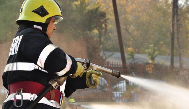 Foto: Avertismente  ale pompierilor,  după ce vremea  s-a stricat la malul mării