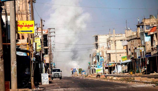 Foto: Aviaţia rusă a bombardat zone controlate de rebeli în sudul Siriei