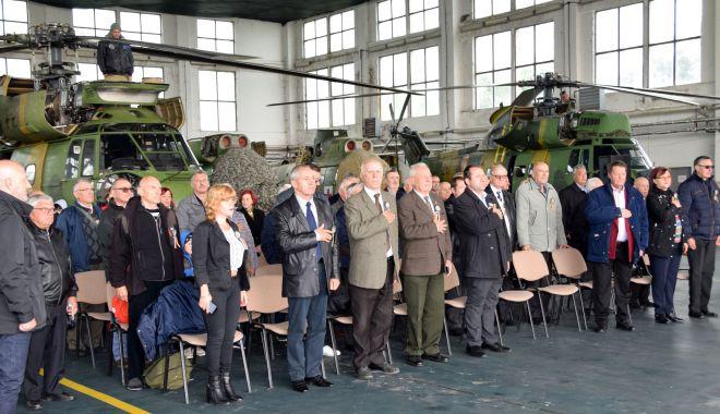 Reuniunea aviatorilor! Amintiri despre eroi, misiuni, situaţii limită - aviatori1-1557695252.jpg