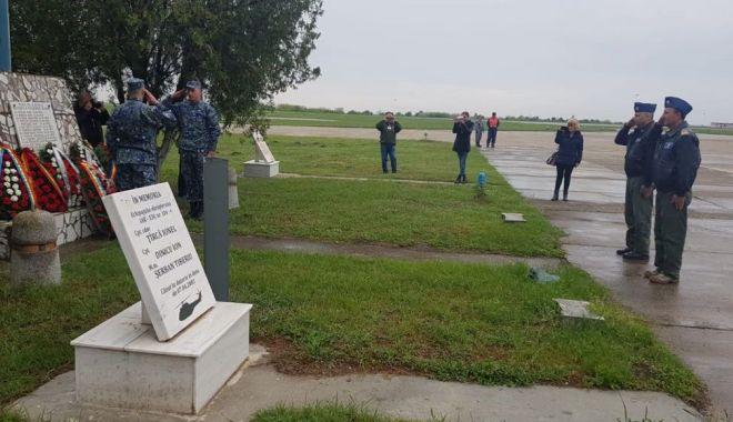 Reuniunea aviatorilor! Amintiri despre eroi, misiuni, situații limită - aviatori3-1557695612.jpg