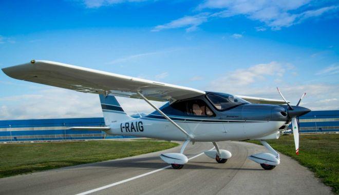 Foto: Un avion s-a prăbușit în județul Buzău. Doi morți