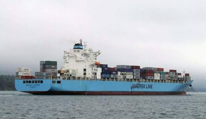 Foto: Zeci de nave şi-au anunţat sosirea în porturile maritime româneşti