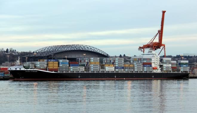 Foto: 37 de nave se află la operare în porturile Constanţa şi Midia