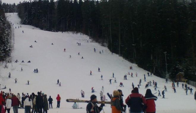 Foto: Vreme perfectă la munte! Cine dă o fugă, până de Crăciun?