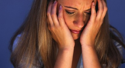 Foto: Simptomele depresiei, confundate adesea cu cele ale afecţiunilor hormonale