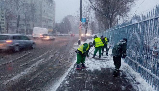 GALERIE FOTO / Circulația în municipiul Constanța se desfășoară în condiții de iarnă! - b28107d9325f4703bd892138be7d5cbf-1611728774.jpg