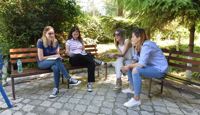 GALERIE FOTO. BACALAUREAT 2017. Astăzi este proba orală la limba română - bac3-1496730842.jpg