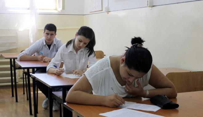 Foto: Se lansează un nou proiect împotriva abandonului şcolar