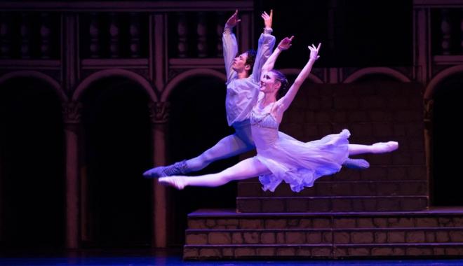 Ropote de aplauze!  Balerinii constănţeni, cronici  la superlativ în Germania - balet2-1513697230.jpg