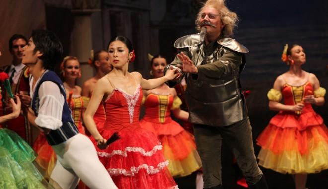 Don Quijote s-a luptat sâmbătă seara cu morile. Şi a învins - balet27-1340552356.jpg
