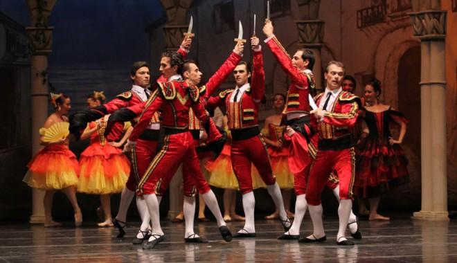 Don Quijote s-a luptat sâmbătă seara cu morile. Şi a învins - balet99-1340552395.jpg