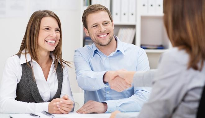 Foto: Gata cu cămătăreala legală! Reguli noi pentru contractele de credit ipotecar